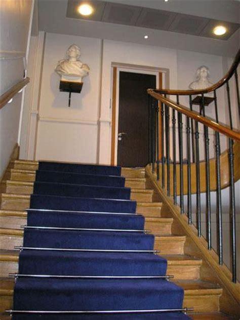 tapis de passage pour escalier  couloir uni