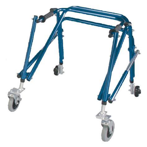 cadre de marche nimbo deambulateur kaye walker pour enfant handicap 233