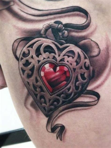 herz tattoo ideen  vorlagen fuer frauen und maenner