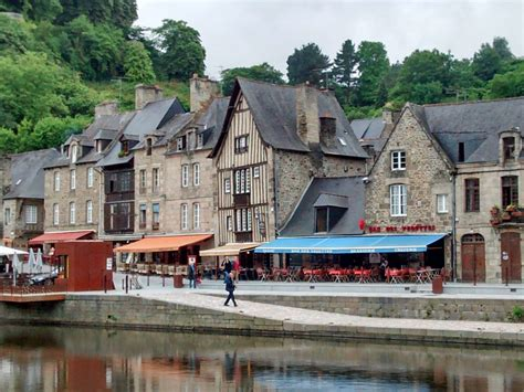 restaurant port de dinan 8 rue du four home sleeping 5 in dinan port 1651033