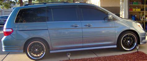 2005 Honda odyssey exl tire size