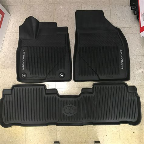 Toyota All Weather Floor Mats by 2016 2017 Toyota Highlander 3pc Oem All Weather Floor