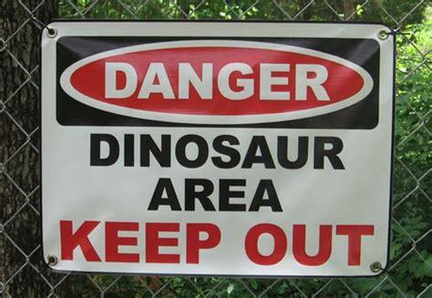 Funny No Trespassing Signs 15 Desktop Wallpaper
