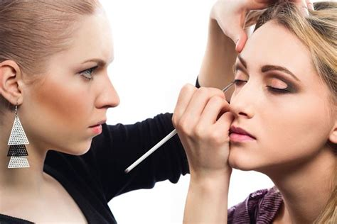 school for makeup artist makeup artist as a career in the beauty industry
