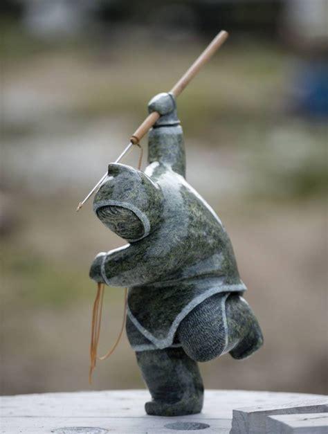 eskimo soapstone carvings 25 best ideas about inuit on haida