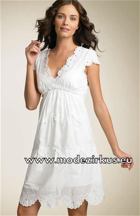 weißes kleid schwanger weisses babydoll kleid mit v ausschnitt