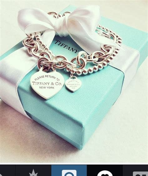 201 best TIFFANY AND CO. MY FAVORITE images on Pinterest