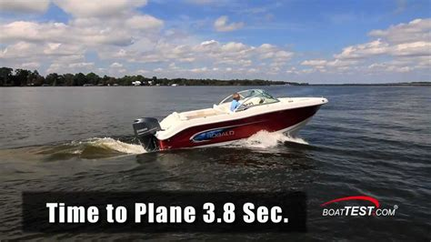 Robalo R227 Boat Test by Robalo R207 Test 2013 By Boattest