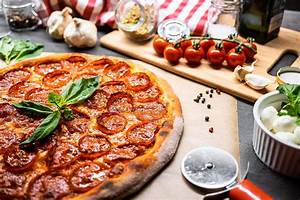 Pizza Salami Free Stock Photo | picjumbo