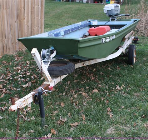 Jon Boats For Sale Ks by Jon Boat And Trailer Item 4992 Sold December 29