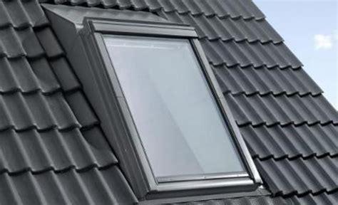 Schwingfenster Sorgen Fuer Viel Licht Im Raum by Velux Dachfenster Bequem Bestellen Kemmler De