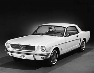 Ford Mustang 1964 : time to start building my dream garage american manliness ~ Medecine-chirurgie-esthetiques.com Avis de Voitures