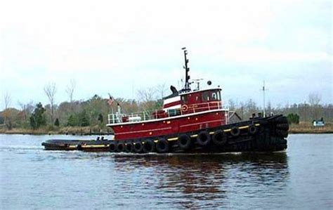 Tugboat Hours by Cuba Denies Responsibility For U S Barge Losses