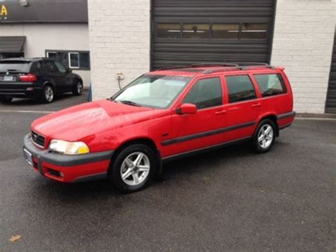 1998 Volvo V70 Awd by Find Used 1998 Volvo V70 X C Awd Wagon 4 Door 2 4l In