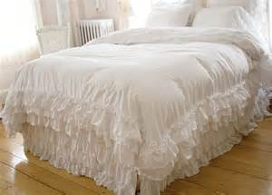 shabby chic bedding ruffles shabby chic style bedding white ruffle duvet