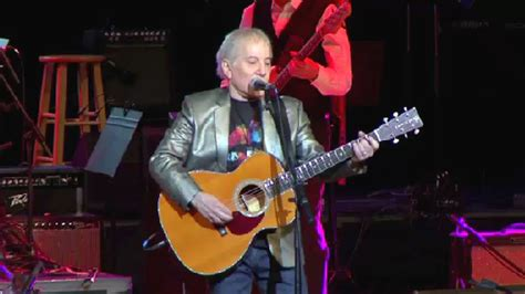 paul simon helps induct newest class rochester hall fame