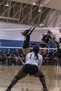 Grossmont College takes down El Camino women's volleyball ...