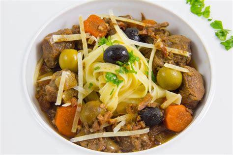 regarder cauchemar en cuisine daube provençale en cocotte lutée de philippe etchebest