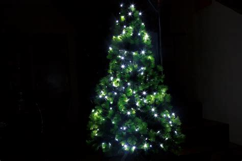 christmas tree light problems how to find blown bulb 3 ways to clean an artificial tree wikihow