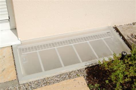 Regenschutz Für Lichtschächte by Mai 2012 Die Lichtschachtabdeckung Aus Acryl Die