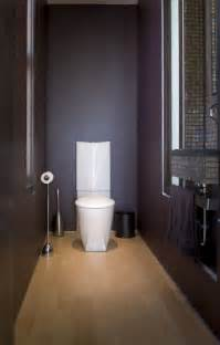 Color For Bathroom Ceiling by How To Make A Narrow Powder Room Feel Inviting And