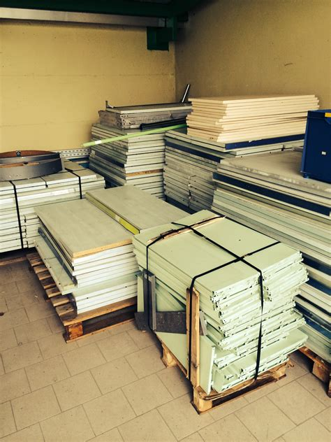 Scaffali Per Negozio by Scaffalature Per Negozio Usate Sga Shopmetalshelves