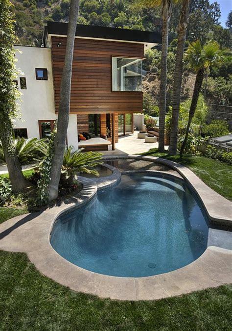 schwimmbaeder ratschlaege fuer die gestaltung eines pool