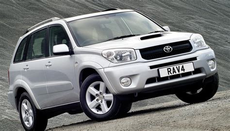 Used Toyota Rav4 by Used Toyota Rav4 Review 2000 2006 What Car