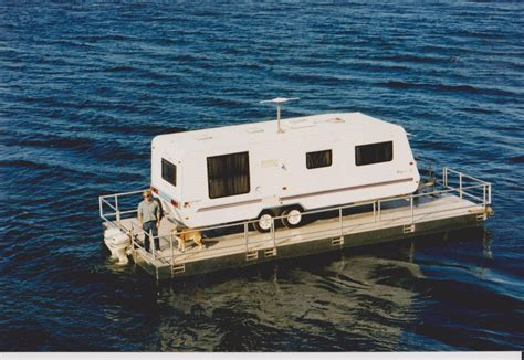 Pontoon Houseboat Prices by Floating House Boats Retirement Houseboat Or Floating