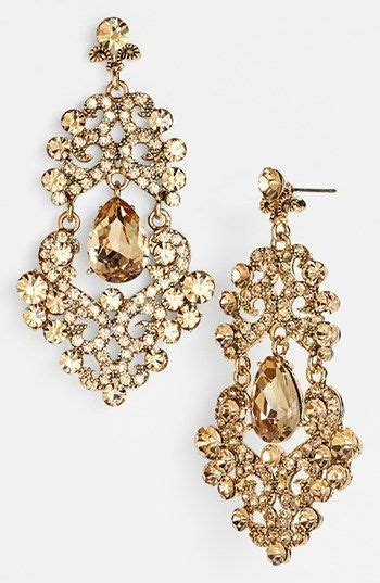 Big Gold Chandelier Earrings by Best 25 Gold Chandelier Earrings Ideas On