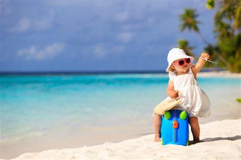 Cosa Portare In Vacanza Per I Bambini 10 cose da portare in vacanza con i bambini