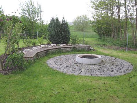 Lagerfeuerstelle Im Garten feuerstelle anlegen grillforum und bbq www