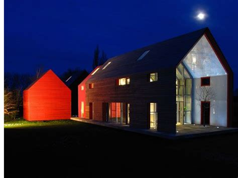 Modern Barn House Slides For Different Panoramas