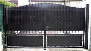 Portail Fer Forgé Plein : prix d 39 un portail en fer forg co t moyen tarif de pose ~ Dailycaller-alerts.com Idées de Décoration