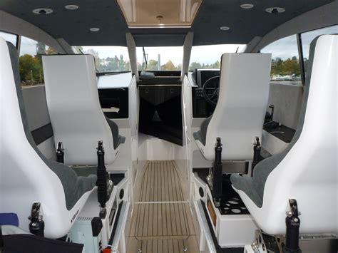 Boat Seats Suspension by Daytona Crew Ullman Dynamics World Leader In
