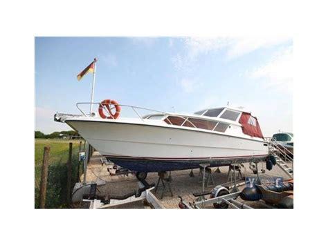 Plezierboten Tweedehands by Fjord Plast 990 Open In Itali 235 Tweedehands Vissersboten