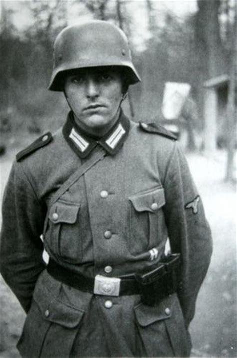 german forces  ss division polizei soldier pre