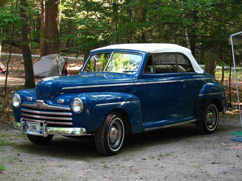 Blue 1946 Ford Super De Luxe Convertible.jpg