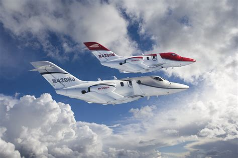 honda jet  worlds  advanced light business
