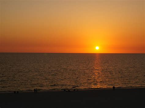 beach front sunset view walk  shower apollo  floor