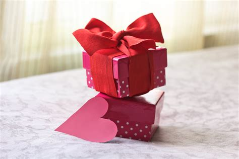 romantic homemade gifts   boyfriend   birthday ehow