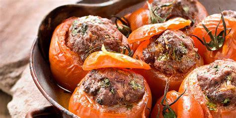 cuisiner un boeuf bourguignon tomates farcies au boeuf haché facile et pas cher