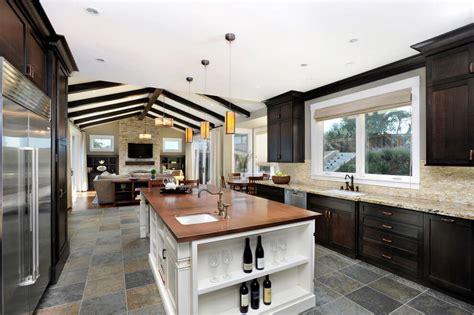 tips  choose   tile floors   room