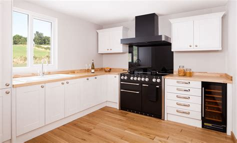 ways  style  white wood kitchen solid wood
