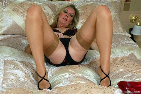 Dildo Play Wearing Nylons Ideal Granny