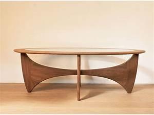 Table Basse Scandinave Vintage : table basse ovale astro teck scandinave wilkins g plan maison simone ~ Teatrodelosmanantiales.com Idées de Décoration