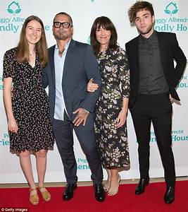 Katey Sagal poses with family at The Beverly Hilton ...