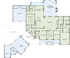 3 bedroom ranch floor plans house plans with porches house plans with porte cochere