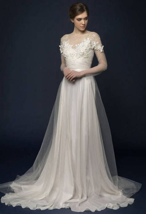 embroidered wedding dress best 25 embroidered wedding dresses ideas on woodland wedding dress autumn