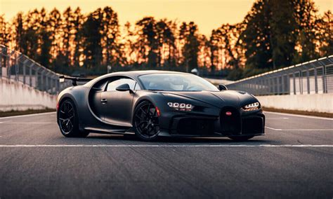 How do we like it? Dig into how Bugatti Chiron turns into chiron Pur Sport   Auto Moters